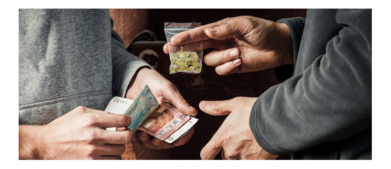 Why do street dealers sell more indica than sativa strains?