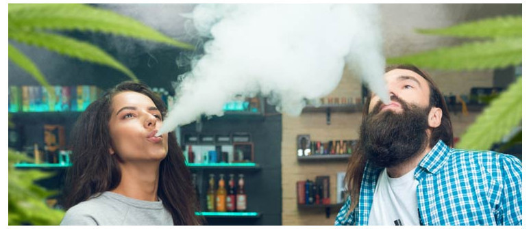10 Ways that smoking weed together can improve your relationship