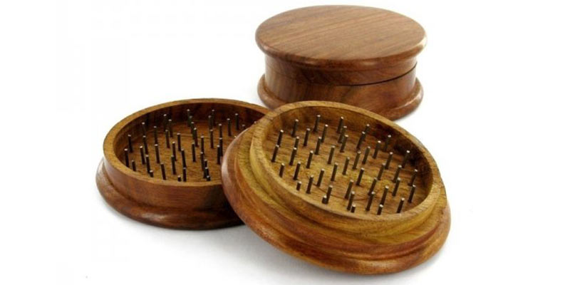 Grinder in legno